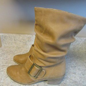 Chinese Laundry Two Step Boots Natural Sz 7.5 NEW!